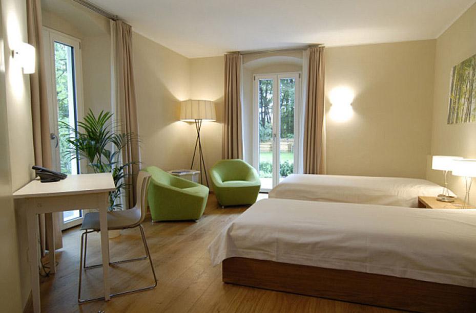 Lehmputz in einem Schlafzimmer verarbeitet von EINWANDFREI aus Köln